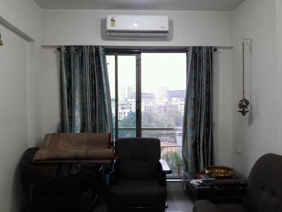 Gallery Cover Image of 650 Sq.ft 1 BHK Apartment for buy in Kurla East for 11000000