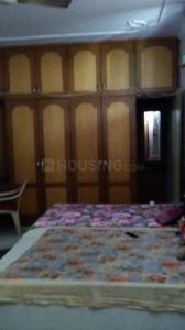 सेक्टर 17 में न्यू होम गर्ल्स पीजी के बेडरूम की तस्वीर