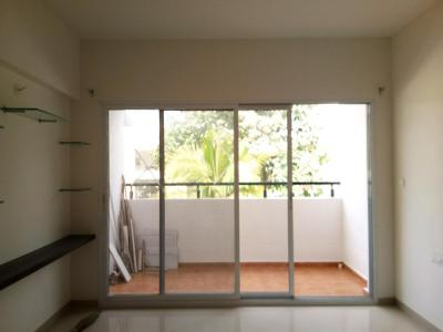 Gallery Cover Image of 1031 Sq.ft 2 BHK Apartment for rent in Rayasandra for 14000