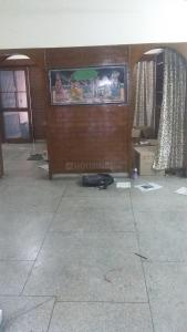 Gallery Cover Image of 1600 Sq.ft 4 BHK Independent Floor for rent in Sarita Vihar for 26500