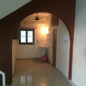 Gallery Cover Image of 1600 Sq.ft 2 BHK Independent House for buy in Valasaravakkam for 13000000