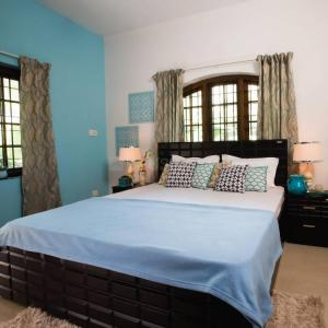 Gallery Cover Image of 1100 Sq.ft 2 BHK Apartment for rent in Akurdi for 18000