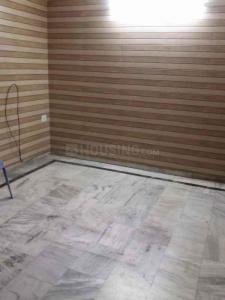 Gallery Cover Image of 1500 Sq.ft 3 BHK Independent Floor for rent in Sector 78 for 25000
