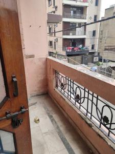 Gallery Cover Image of 1300 Sq.ft 2 BHK Independent Floor for rent in Paschim Vihar for 23000