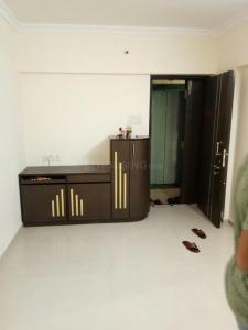 Gallery Cover Image of 1000 Sq.ft 2 BHK Apartment for rent in Goregaon West for 35000