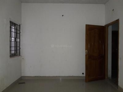 Gallery Cover Image of 850 Sq.ft 2 BHK Apartment for rent in Madipakkam for 10000