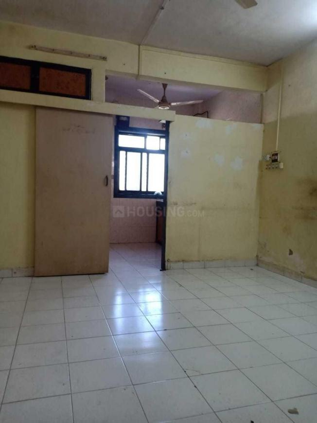 Bedroom Image of 300 Sq.ft 1 RK Apartment for rent in Dahisar West for 11000