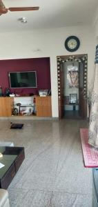 Gallery Cover Image of 1350 Sq.ft 2 BHK Apartment for rent in Sanjaynagar for 22000