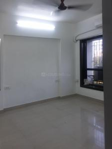 Gallery Cover Image of 650 Sq.ft 1 BHK Apartment for rent in Shree Vallabh Tower, Malad West for 28000