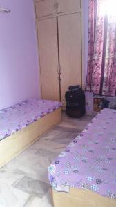 Bedroom Image of PG 4040625 Lajpat Nagar in Lajpat Nagar