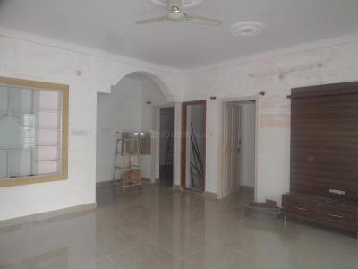 Gallery Cover Image of 1300 Sq.ft 2 BHK Independent Floor for rent in 5th Phase for 18000