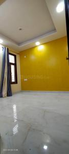 Gallery Cover Image of 720 Sq.ft 2 BHK Independent Floor for buy in Mukherjee Nagar for 8700000