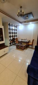 Gallery Cover Image of 1150 Sq.ft 3 BHK Apartment for buy in Ghatkopar West for 29500000