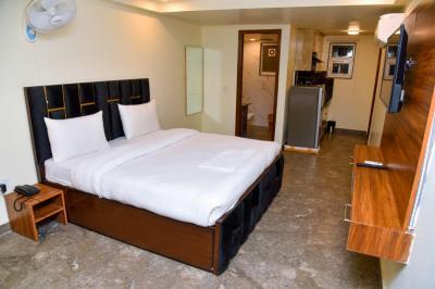 Bedroom Image of Queens in Sector 52