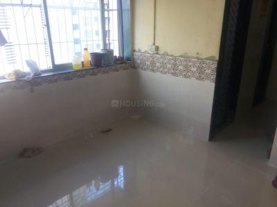 Gallery Cover Image of 280 Sq.ft 1 RK Apartment for rent in Jogeshwari East for 15000
