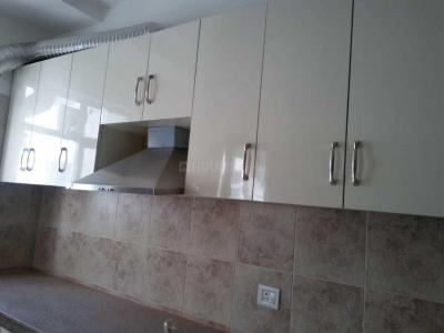 Gallery Cover Image of 2000 Sq.ft 3 BHK Apartment for rent in Supertech Supernova, Sector 94 for 35000