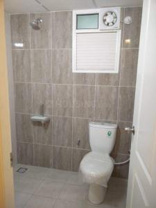 Bathroom Image of 1122 Sq.ft 2 BHK Apartment for buy in Alliance Galleria Residences, Old Pallavaram for 8900000
