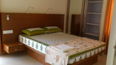 Gallery Cover Image of 1050 Sq.ft 2 BHK Apartment for rent in Jogeshwari East for 42000