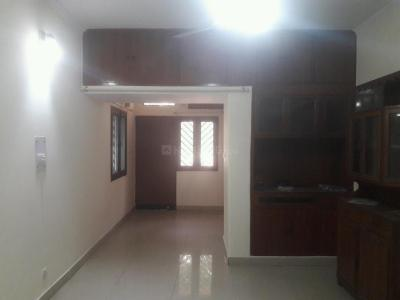 Gallery Cover Image of 1400 Sq.ft 3 BHK Apartment for rent in Vasant Kunj for 38000