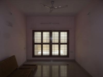Gallery Cover Image of 1105 Sq.ft 2 BHK Apartment for rent in RMV Extension Stage 2 for 18000
