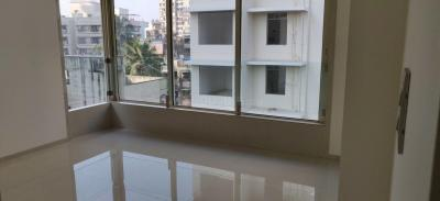 Gallery Cover Image of 1350 Sq.ft 3 BHK Apartment for rent in Malad West for 65000
