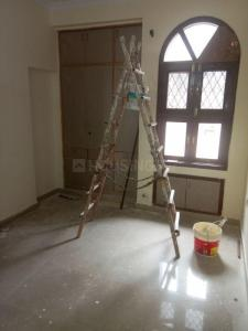 Gallery Cover Image of 1750 Sq.ft 3 BHK Apartment for rent in Sector 22 Dwarka for 32000