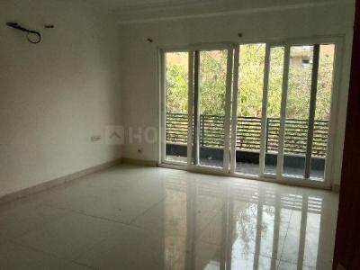 Gallery Cover Image of 2700 Sq.ft 3 BHK Independent Floor for rent in Vasant Kunj for 45000