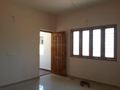 Gallery Cover Image of 900 Sq.ft 2 BHK Apartment for rent in Madipakkam for 12500