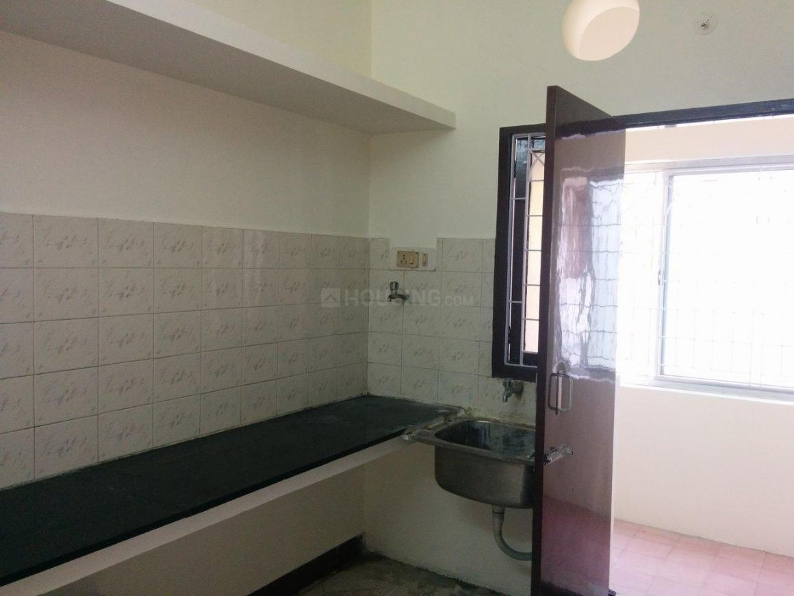Kitchen Image of 850 Sq.ft 2 BHK Apartment for rent in Chromepet for 20000