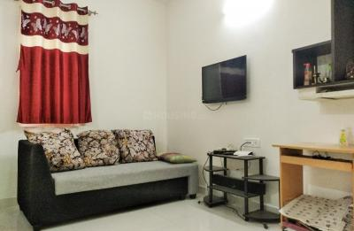 Gallery Cover Image of 1100 Sq.ft 2 BHK Apartment for rent in Agrahara Layout for 22000