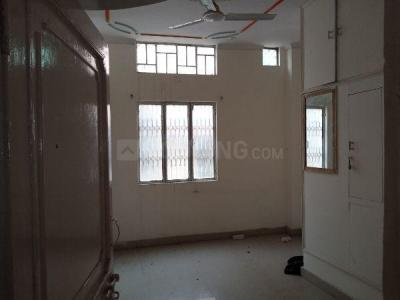 Gallery Cover Image of 900 Sq.ft 3 BHK Independent Floor for rent in Uttam Nagar for 32000