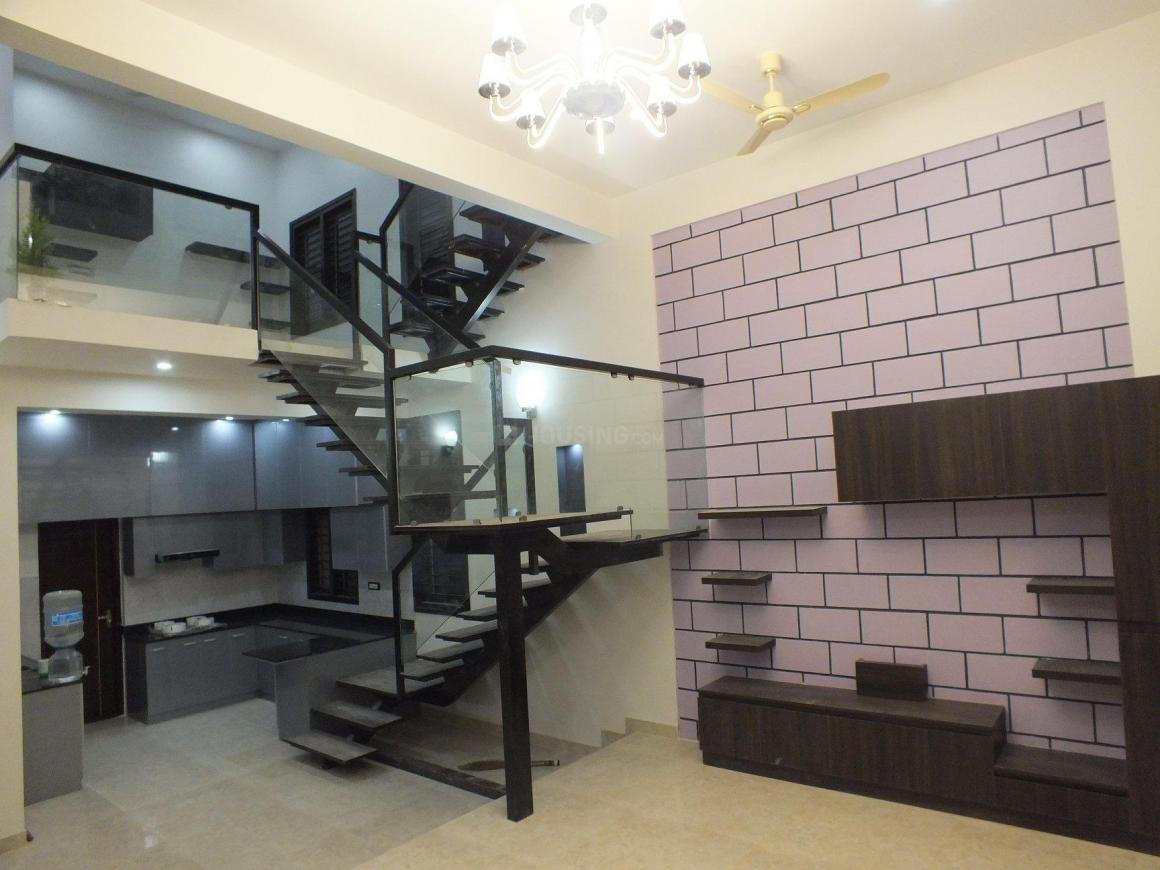 Living Room Image of 2200 Sq.ft 3 BHK Independent House for buy in BEML Nagar for 12800000