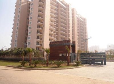 Gallery Cover Image of 2400 Sq.ft 3 BHK Apartment for rent in Sector 69 for 32000
