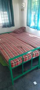 Gallery Cover Image of 1100 Sq.ft 2 BHK Independent Floor for rent in Thiruvanmiyur for 23000