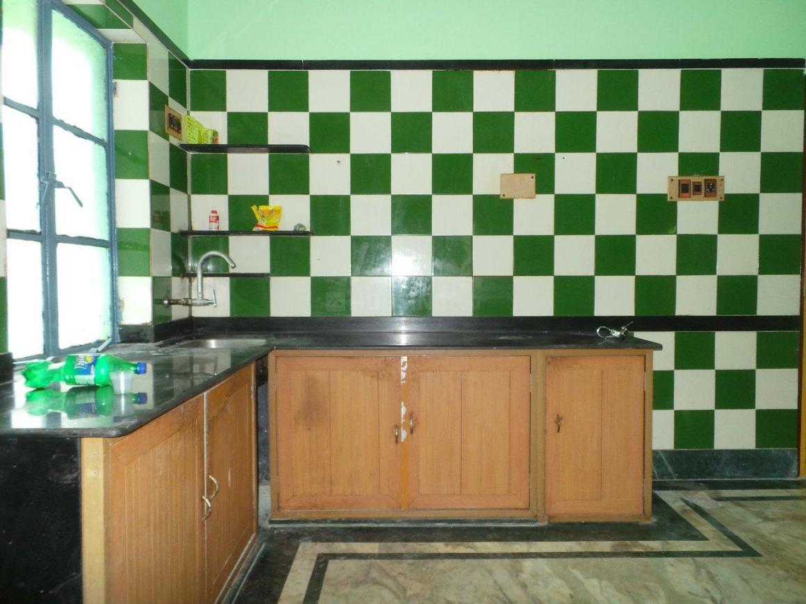 Kitchen Image of 1200 Sq.ft 4 BHK Apartment for rent in Purba Barisha for 15000
