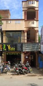 Gallery Cover Image of 350 Sq.ft 1 BHK Independent House for rent in Thiruvanmiyur for 16000