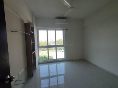 Gallery Cover Image of 1540 Sq.ft 3 BHK Apartment for rent in Mahindra Vivante Building Number 1 And 2, Andheri East for 78000