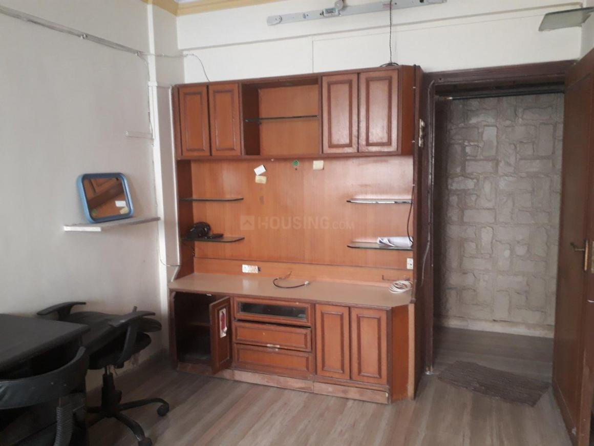 Living Room Image of 600 Sq.ft 1 BHK Apartment for rent in Malad West for 24000