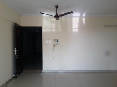Gallery Cover Image of 1075 Sq.ft 2 BHK Apartment for buy in Kandivali East for 17500000