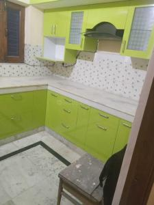 Gallery Cover Image of 1450 Sq.ft 2 BHK Independent Floor for rent in Sector 15A for 13000