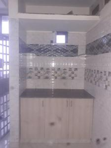 Gallery Cover Image of 580 Sq.ft 1 RK Independent Floor for rent in Sector 12 for 12000
