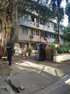 Gallery Cover Image of 750 Sq.ft 2 BHK Apartment for rent in Worli for 65000