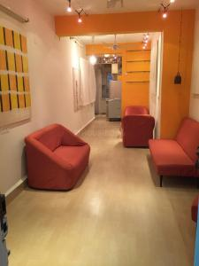 Gallery Cover Image of 450 Sq.ft 1 BHK Apartment for rent in Francis Villa Apartment, Bandra West for 50000