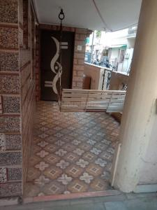 Gallery Cover Image of 702 Sq.ft 1 BHK Independent Floor for rent in Maninagar for 7000