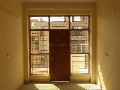 Gallery Cover Image of 1100 Sq.ft 3 BHK Apartment for buy in Govindpuram for 2375000