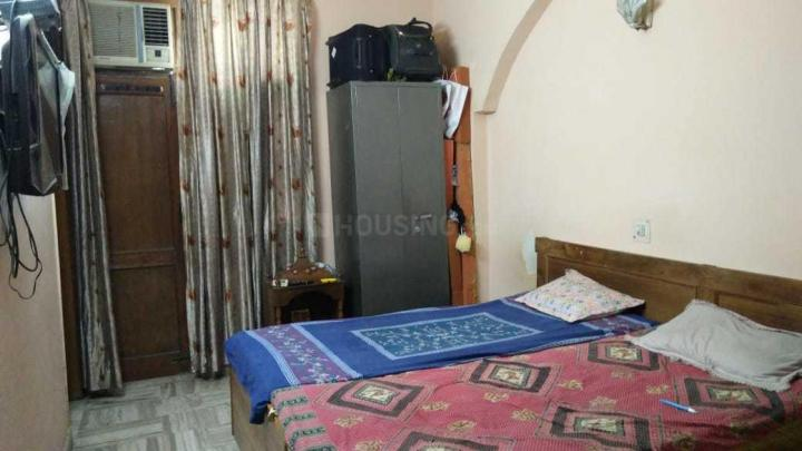 Bedroom Image of PG For Girls in Pitampura