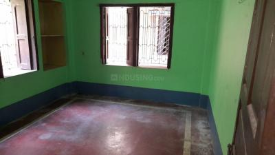 Gallery Cover Image of 700 Sq.ft 2 BHK Independent Floor for rent in North Dum Dum for 6000