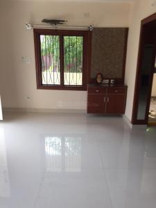 Gallery Cover Image of 3000 Sq.ft 3 BHK Independent Floor for rent in Indo Infra ECO - Highway Gardens, Banjara Hills for 65000