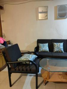 Gallery Cover Image of 600 Sq.ft 1 BHK Apartment for rent in Amanora Future Towers, Hadapsar for 22000