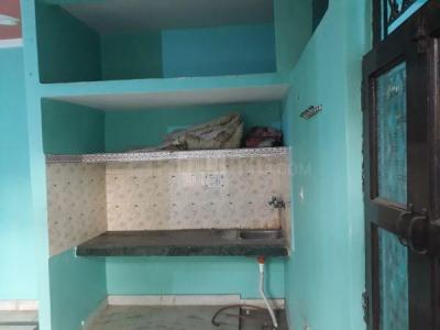 Gallery Cover Image of 484 Sq.ft 2 BHK Independent Floor for rent in Trilokpuri for 9000